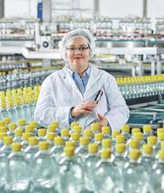 Der Markenname Protadur® setzt sich zusammen aus den lateinischen Begriffen protegere (schützen) und durabilis (dauerhaft). Das passt. Denn genau das ist es, was die Lebensmittelgase von Westfalen auszeichnet.