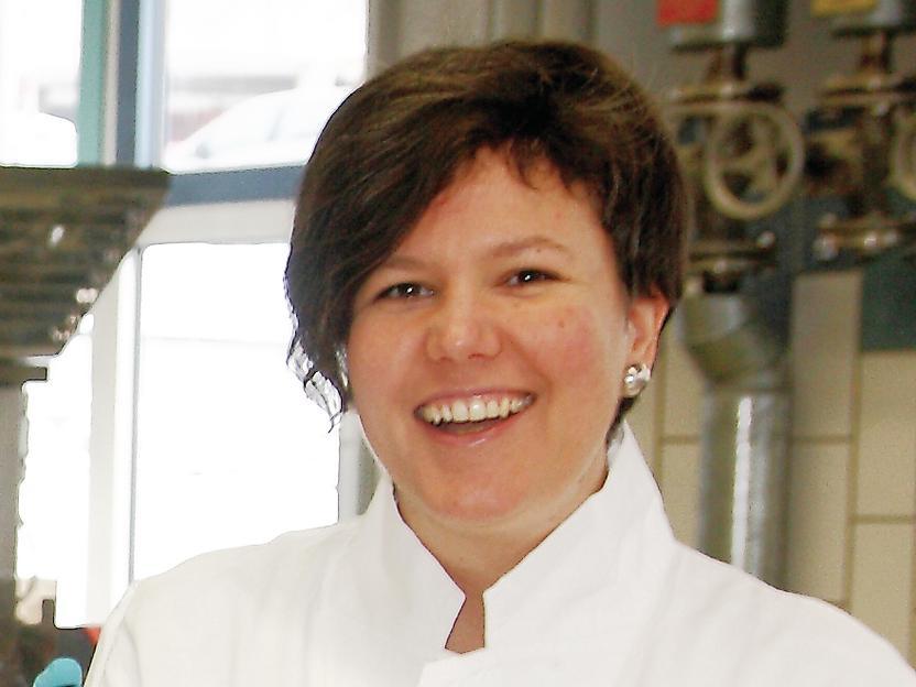 Dr. <b>Agnes Weiß</b> - 20945-76
