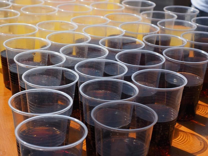 700 Getränke im Zucker- und Süßstoff-Check - - Weniger Zucker am ...