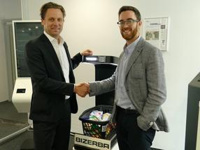 Strategische Technologiepartnerschaft: Andreas Wilhelm Kraut (links), CEO von Bizerba, und Yair Cleper, CEO und Gründer von Supersmart.