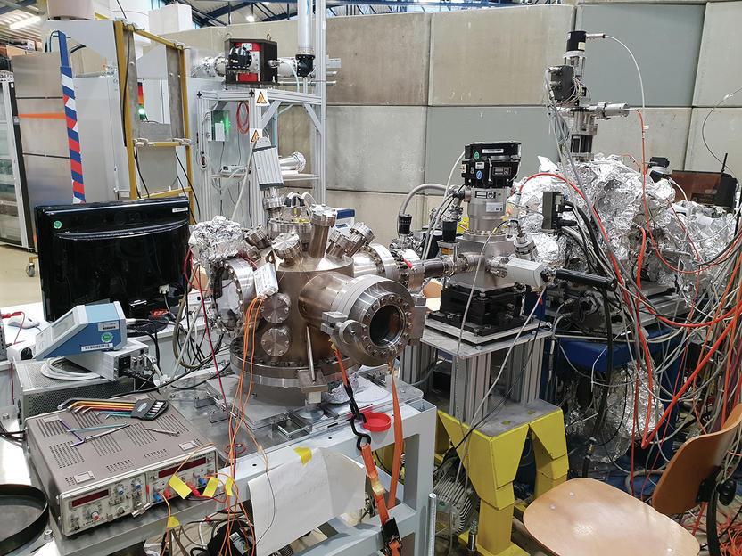Das mikroskop das magnetismus sichtbar macht