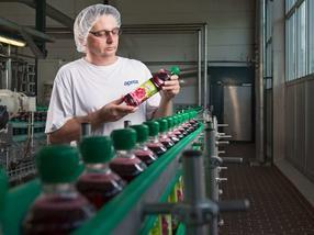 Die Migros führt Getränkeflaschen aus 100% Recycling-PET ein