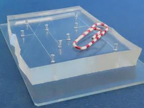 Integrierte Steuerungen für Mini-Chemielabor auf einem Chip