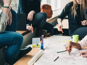 Studierende entwickeln Business-Szenarien für Start-ups