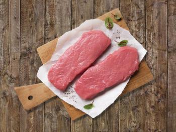 Demeter-Kalbfleisch aus kuhgebundener Aufzucht
