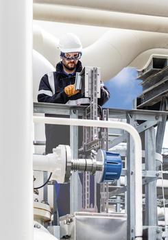 Alle durchstimmbaren Diodenlaser-Gasanalyzer von METTLER TOLEDO kommen ohne Ausrichtung aus und die Standard-Sensorausführung passt auch in DN100-Rohre (4