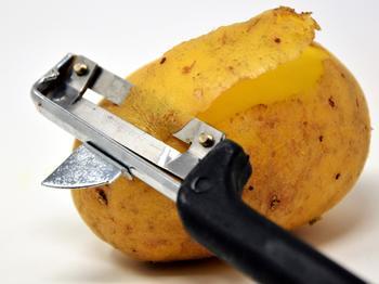 Mit dem neuen Softwaretool kann nun das Erbgut unter anderem der Kartoffel mit hoher Genauigkeit bestimmt werden (Symbolbild).
