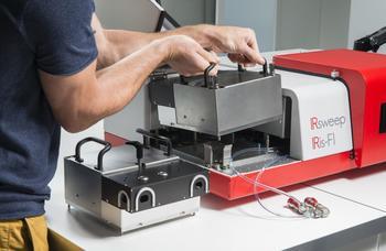 Der einfache Austausch von Lasermodulen erfolgt innerhalb weniger Sekunden, sodass man mehrere Applikationen nutzen kann.