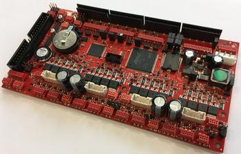 IQ5500c - Die Cybertron eigene Gerätesteuerung für bis zu 4 Motore