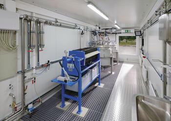 Bioreaktoranlage BTP 1000 montiert im Container