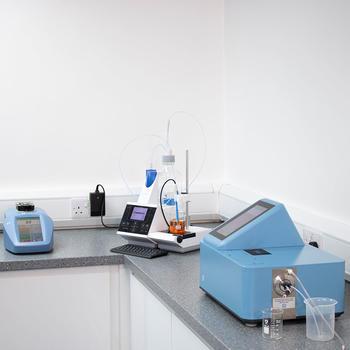 Das Dichtemessgerät der DSG-Serie eignet sich perfekt für den Einsatz in modernen Labors oder Fabriken
