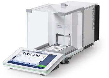 Bridging the gap between analytical and micro-analytical weighing