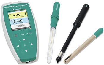 Bleiben Sie mobil und kombinieren Sie die Messung von Sauerstoff, pH-Wert und Leitfähigkeit an einem robusten, tragbaren Gerät