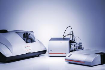 Partikel- und Zetapotenzialanalyse auf Knopfdruck: Messen Sie mit der PSA-Serie (links, Laserbeugung) Partikelgrößen bis in den Millimeterbereich…