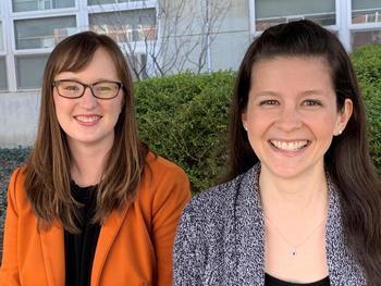 In einem kürzlich erschienenen Zeitschriftenartikel erörtern die Forscherinnen Brenna Ellison (links) und Melissa Pflugh Prescott von der University of Illinois Möglichkeiten zur Reduzierung von Lebensmittelabfällen bei gleichzeitiger Förderung einer gesunden Ernährung.