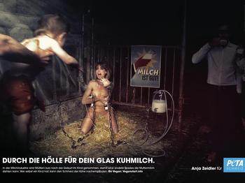 Dieses PETA-Motiv mit Anja Zeidler darf in der Schweiz nicht plakatiert werden.