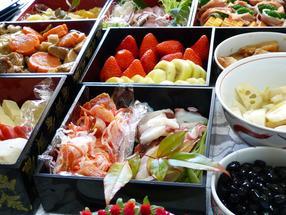 Un estudio demuestra que la elección de alimentos en un bufé