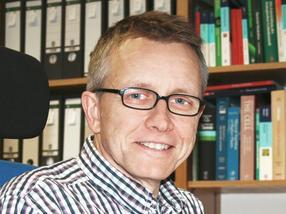 Prof. Dr. Stephan Clemens