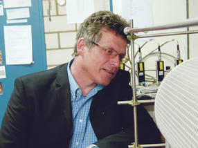 Prof. Dr. Jörg J. Schneider