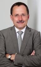 Dr. Oliver Falkenstörfer