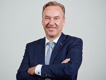 Gerald Vogt (50) übernimmt am 01. Januar 2021 den Vorsitz der Konzernleitung von Rolf Strebel (65), der in Ruhestand geht.